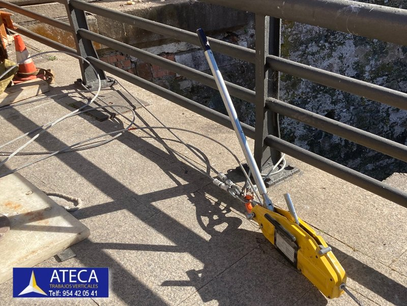 Desmontaje estructura en Ceuta tuberia Agua Puente del Cristo 3