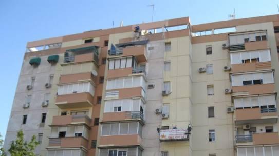 Pintura de fachadas en Sevilla 954 42 05 41