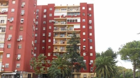 Pintura de fachadas en Montequinto 954 42 05 41