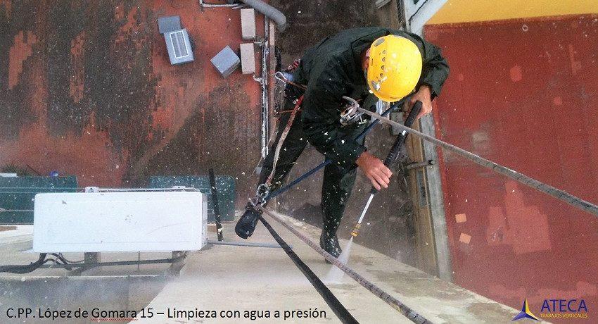 Limpieza agua a presion en Lopez de Gomara