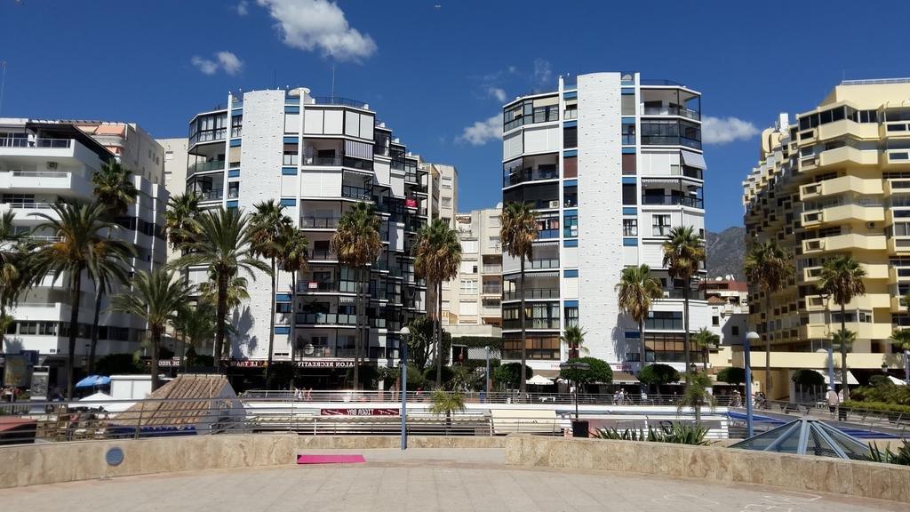 Pintura de fachada de edificios Comunidades Marbella
