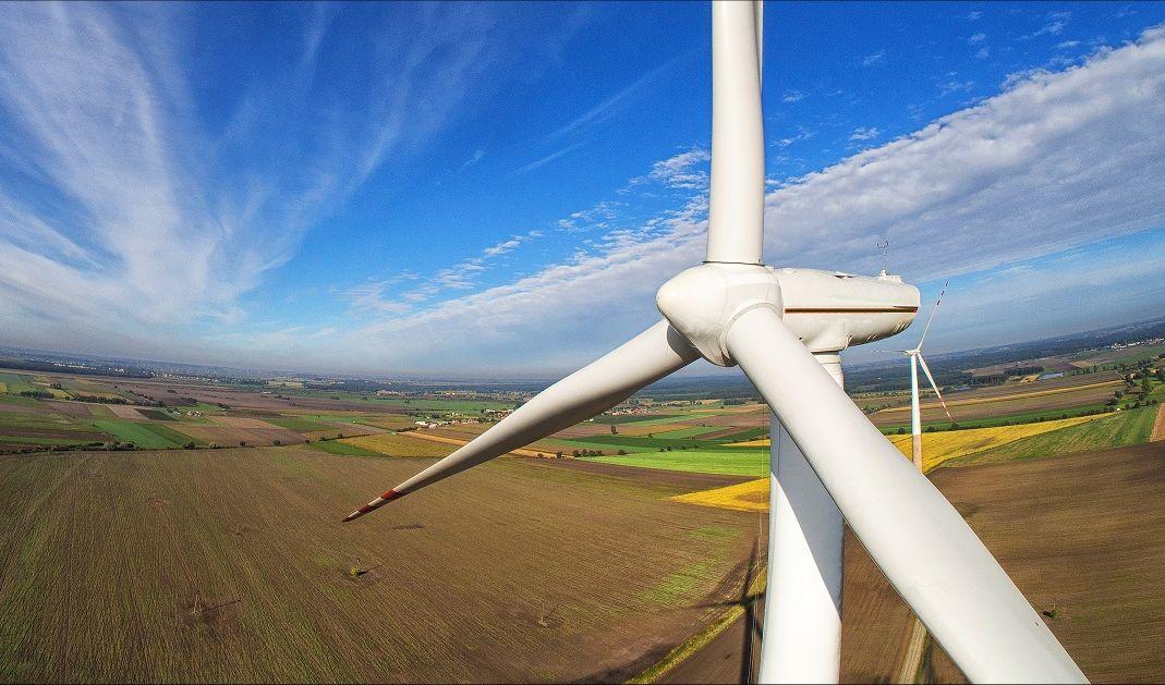Trabajos verticales industriales aerogenerador Malaga